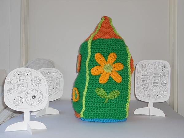 Crochet-house