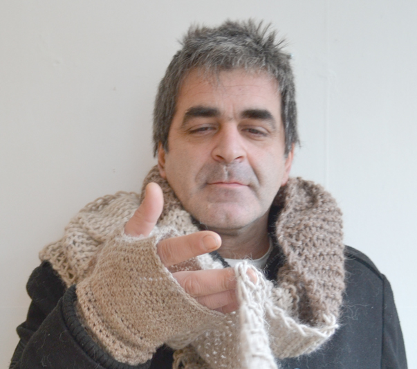 Knitted scarf-1d