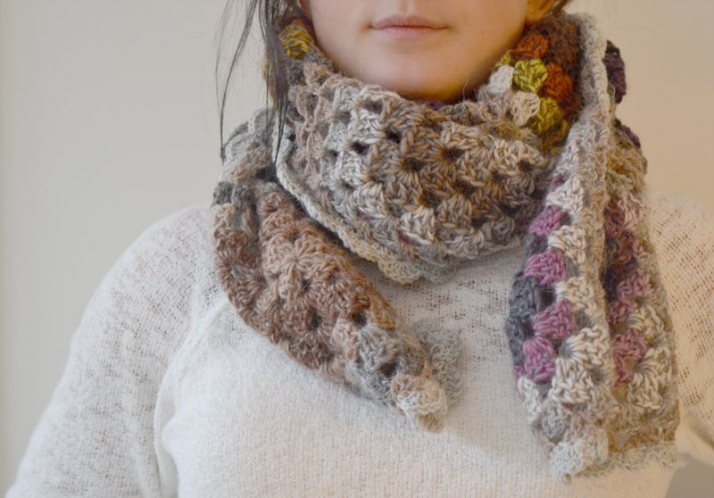 Scarf-crocheted-11d